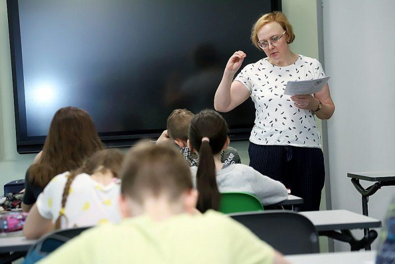 Dabaszinību skolotāja Anita Dāvida atzīst: tēmas intensīva apguve ļauj skolēniem vairāk iedziļināties apgūstamajā vielā.