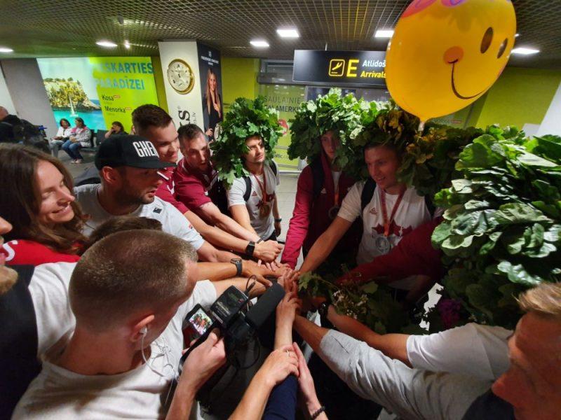 Latvijas sudraba vīri 3×3 basketbolā atgriezušies mājās.