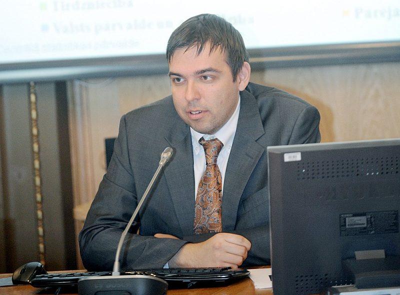 Igors Kasjanovs, ekonomists