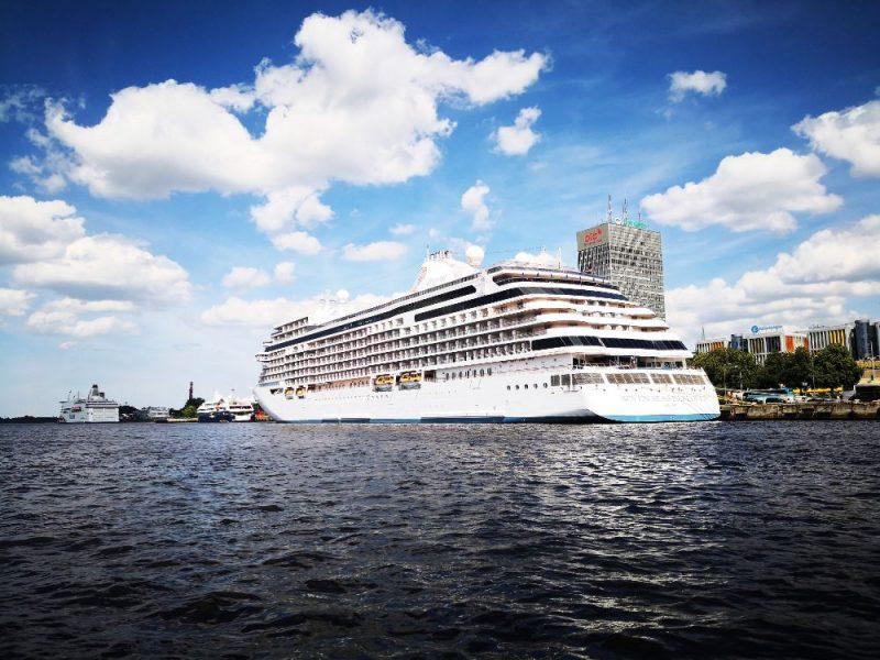 Rīgas ostā vienlaikus piestāj četri kruīza kuģi