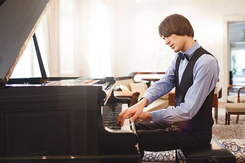 Vestarda Šimkus uzstāšanās, interpretējot Aleksandra Skrjabina skaņdarbus, izvērtās lieliska – viņš bija spožā pianistiskā formā.