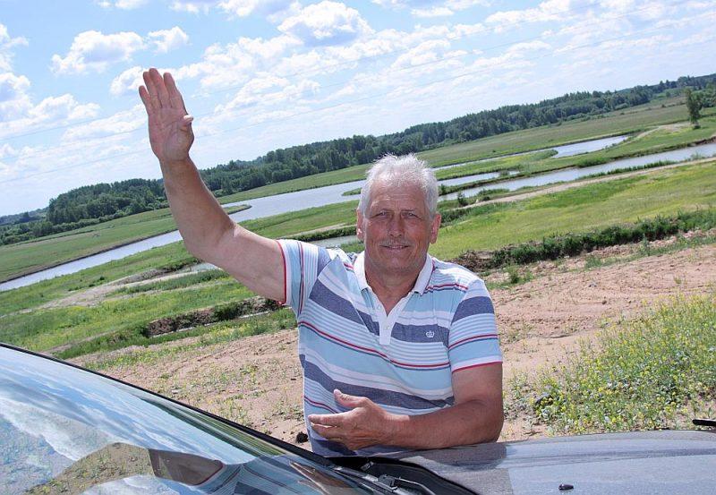 Valdis Voitkevičs un viņa zivju dīķi.