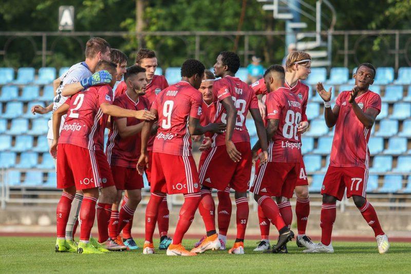 """FK """"Liepāja"""" komanda ar veiksmīgu uzvaru sākusi virslīgas sezonas otro pusi."""