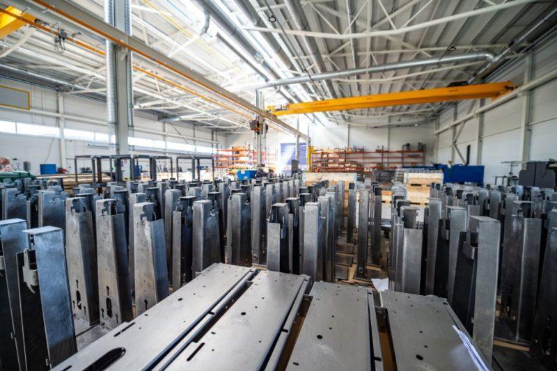 """LSEZ """"Jensen Metal"""" SIA, ieguldot gandrīz 10 miljonu eiro, atklāj jaunu melnā metāla izstrādājumu ražotni Karostā."""