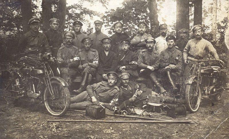 1. Valmieras k.p.sakaru komandas karavīri.1919. gada pavasaris.