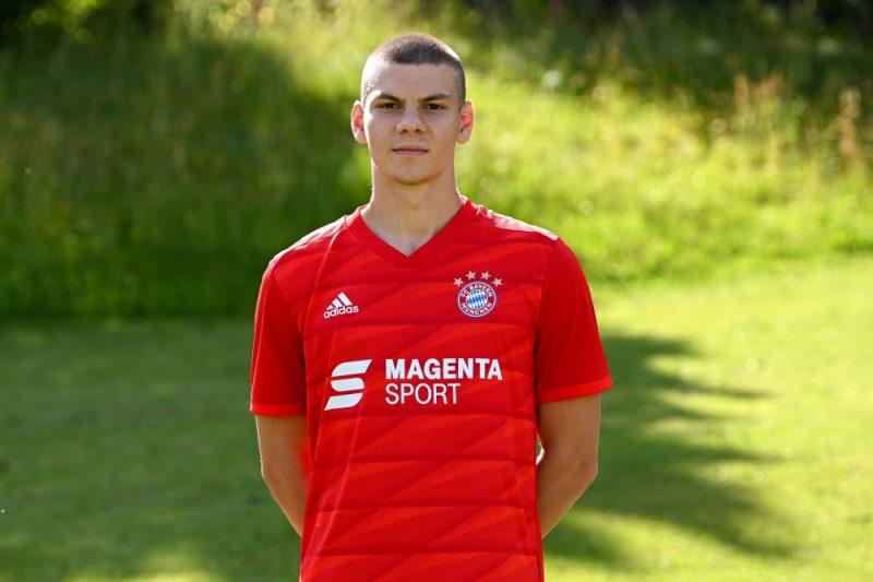 """Daniels Ontužāns iekļauts Minhenes """"Bayern"""" 28 spēlētāju sastāvā UEFA Čempionu līgas mačiem."""