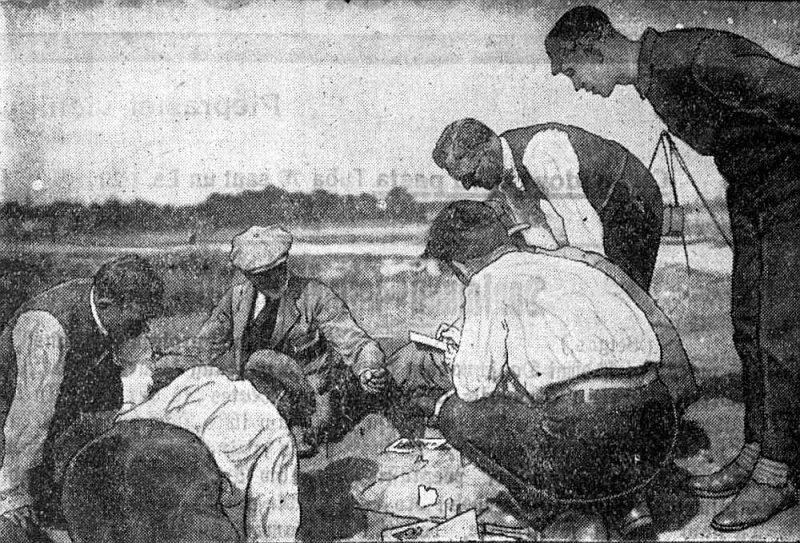 Latviešu un zviedru arheologi izrakumos Grobiņas ugunskapos.