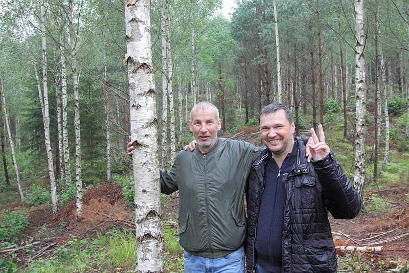 """Dzintars Dembovskis (no labās), Andis Dūniņš: """"Salīdzinot ar deviņdesmitajiem, meža zemes un izcirtumu cena šobrīd ir augusi trīs līdz piecas reizes."""""""