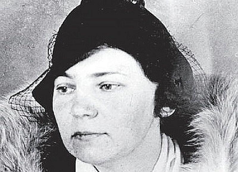 """Marija Emma Šūle jeb padomju spiedze """"Irēna"""" Somijas slepenpolicijas uzņēmumā. Jādomā, foto izdarīts pēc aresta, varbūt jau ieslodzījuma laikā."""