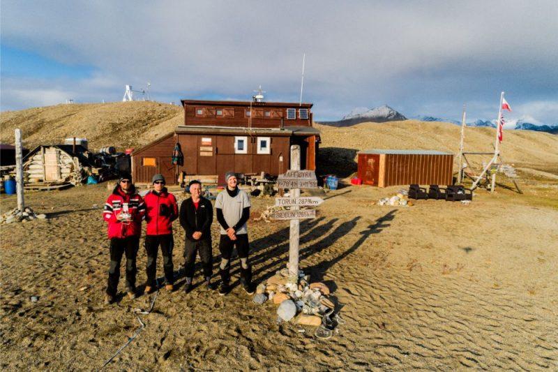 No zinātniskās ekspedīcijas uz Svalbāru atgriezusies Latvijas pētnieku komanda.