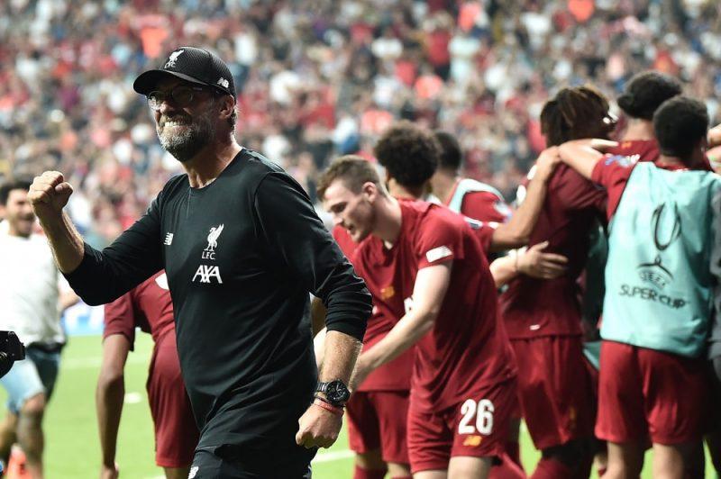 """""""Liverpool"""" treneris Jurgens Klops līksmo par uzvaru UEFA Superkausa izcīņā."""
