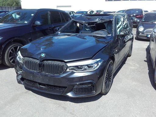 Sadursmē ar alni cietušais BMW