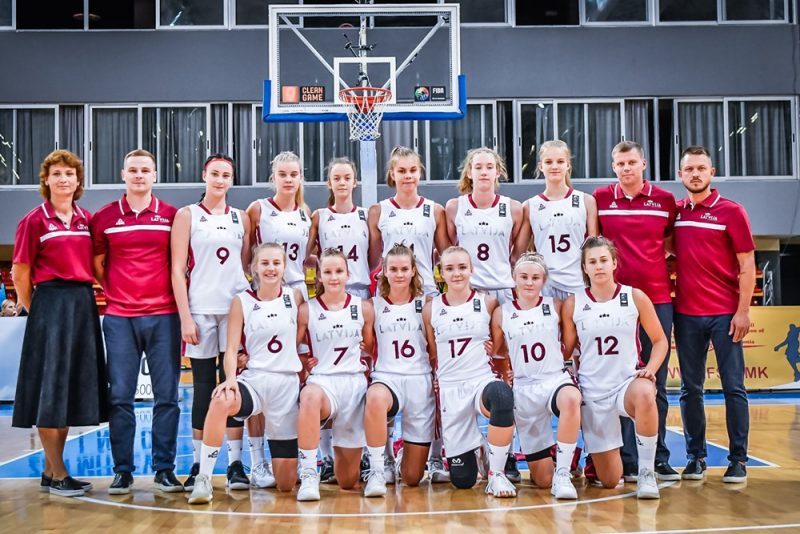 Latvijas U-16 izlases basketbolistes