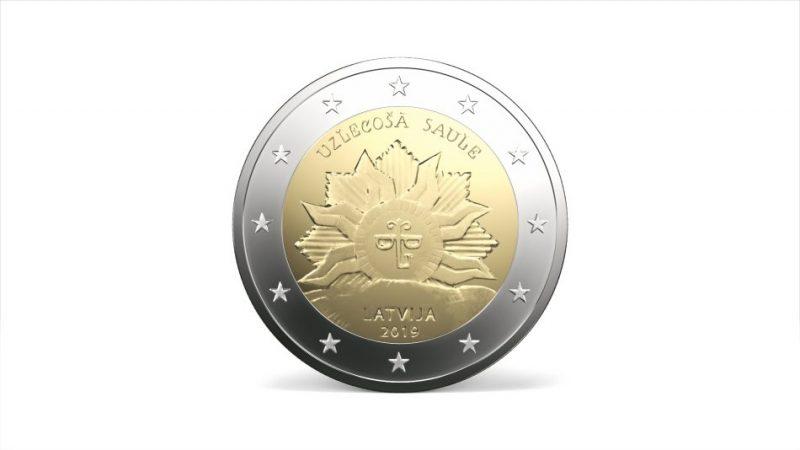 """Īpašā dizaina 2 eiro piemiņas monētas """"Uzlecošā saule"""""""