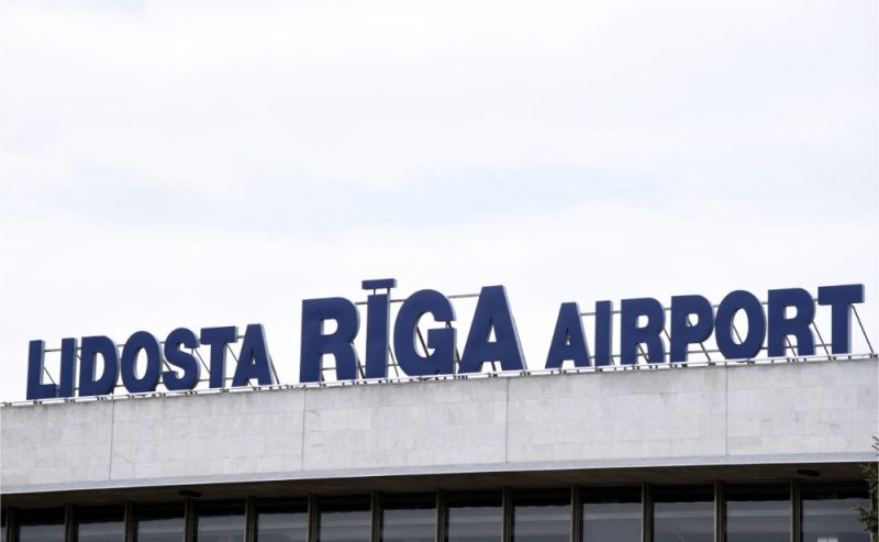 "Lidosta ""Rīga""."