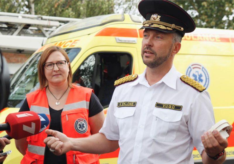 Neatliekamās medicīniskās palīdzības dienesta un Valsts ugunsdzēsības un glābšanas dienesta rīkotā preses konference ar paraugdemonstrējumiem.
