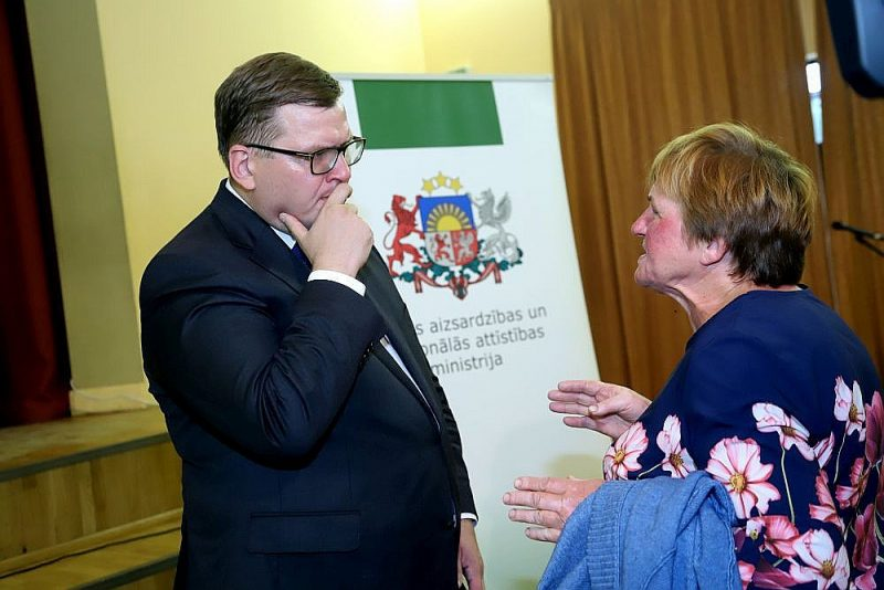 Ministrs Juris Pūce Neretas iedzīvotājiem ieteica uz pašvaldību reformu skatīties ne tikai kā uz apdraudējumu, bet kā uz iespēju, jo tieši reforma ļaušot novada vajadzības īstenot plašākā apmērā.