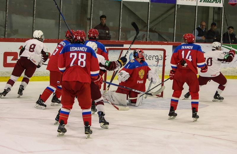 Latvijas un Krievijas U-18 izlašu spēle.