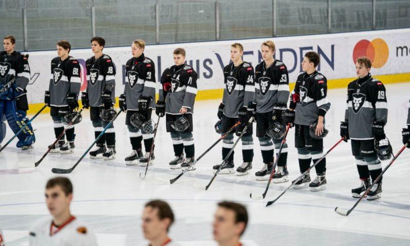 """HK """"Rīga"""" komandas hokejisti ir lieliski sākuši sezonu."""