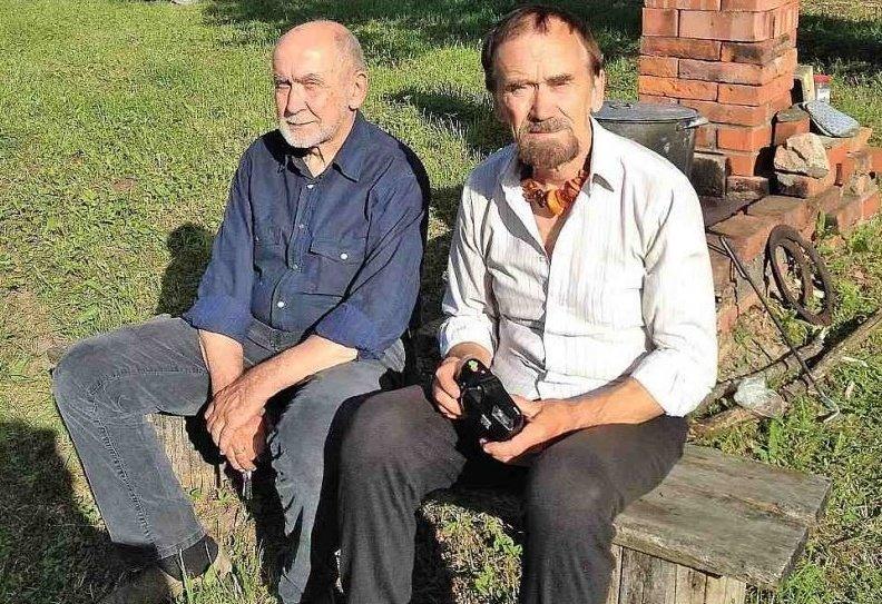 Viks (Viktors Kalniņš, no kreisās) un Imka (Imants Kalniņš).