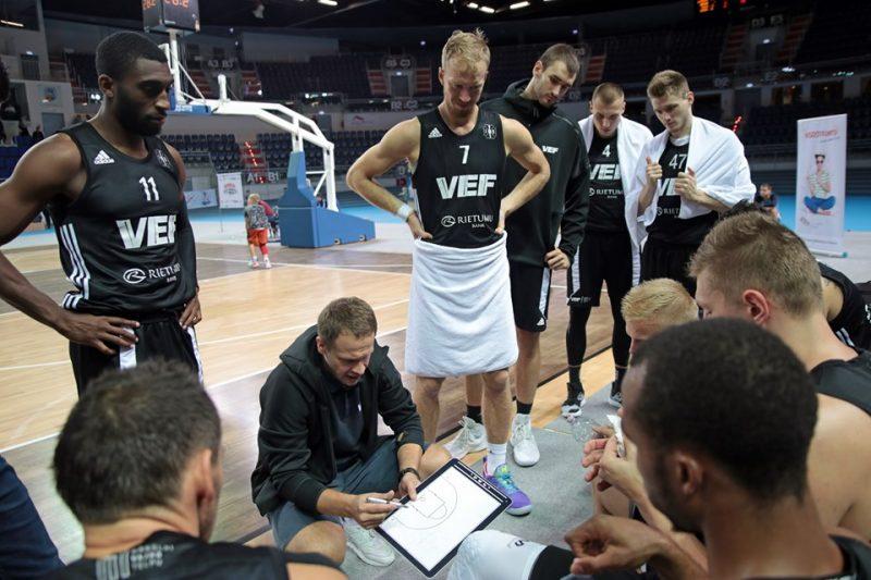 """""""VEF Rīga"""" piedzīvoja pirmo zaudējumu apvienotajā Latvijas-Igaunijas līgā."""