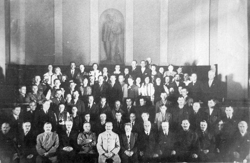 Rietumukrainas Tautas sapulces delegāti Maskavā.