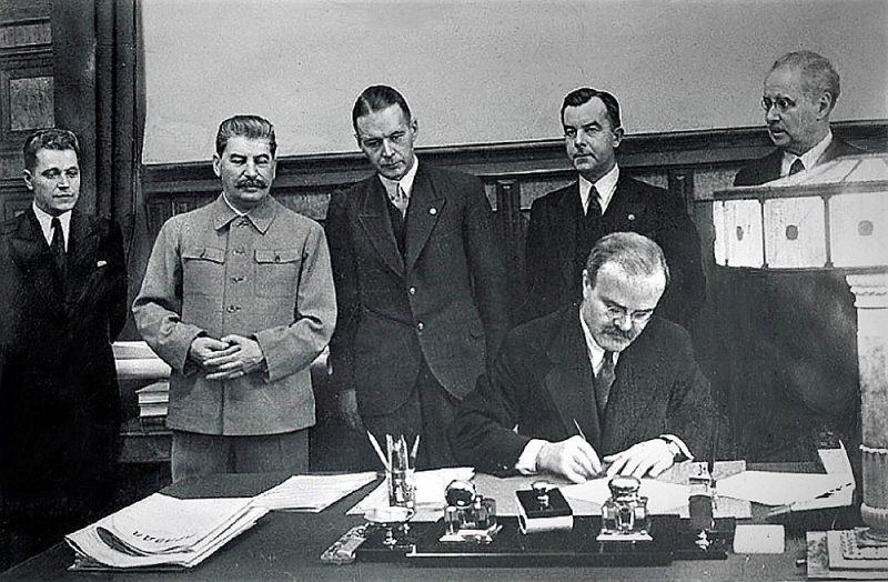 Līguma parakstīšana 5. oktobrī.