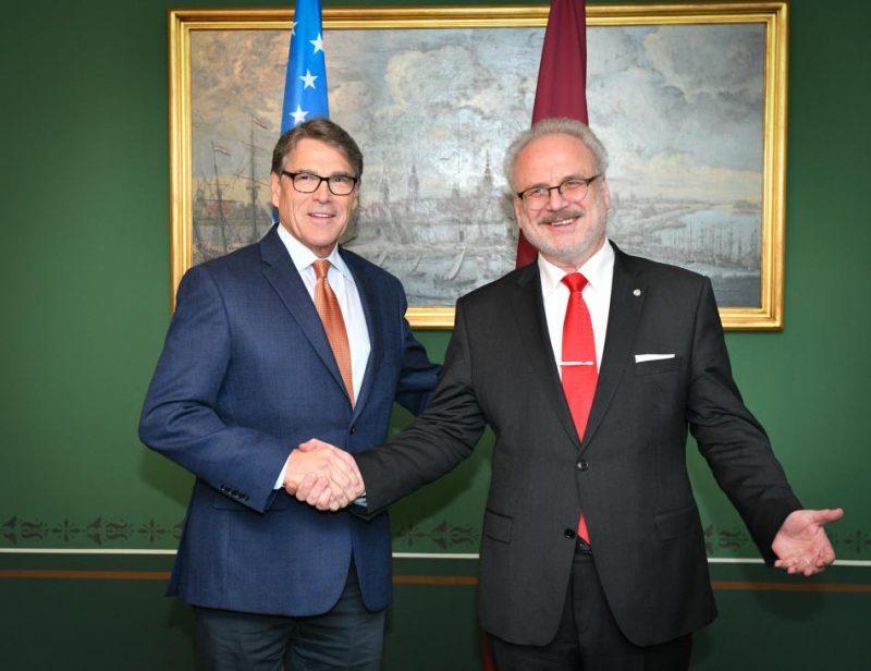 Valsts prezidents Egils Levits tiekas ar ASV sekretāru enerģētikas jautājumos Riku Periju (Mr Rick Perry)