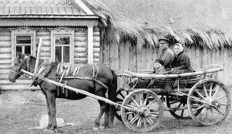 Krievu zemnieka ģimene 20. gs. sākumā.
