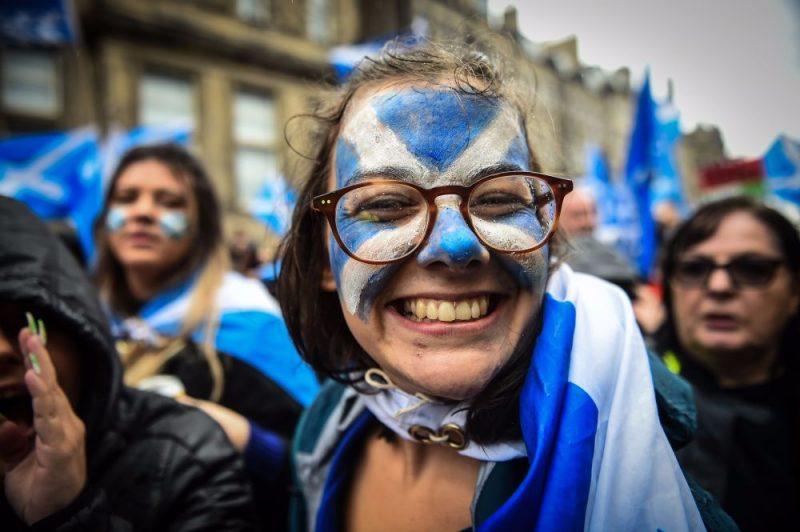 Gājiens par Skotijas neatkarību Edinburgā.
