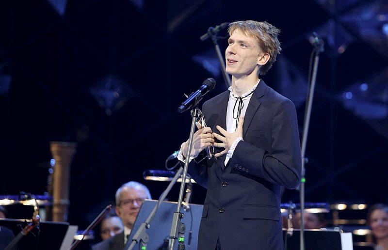 """Komponists Krists Auznieks 2018. gadā saņēma Lielo mūzikas balvu par labāko jaundarbu – kompozīciju """"Uguns un roze""""."""