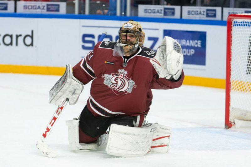 Aleksanders Salāks triumfējis KHL vārtsargu nedēļas topā.