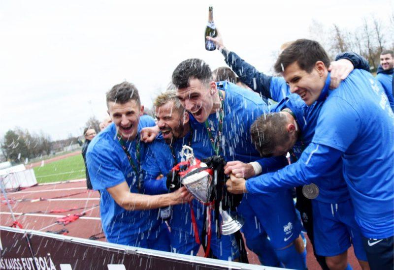 """RFS"" futbolisti izcīnījuši pirmo trofeju kluba vēsturē."