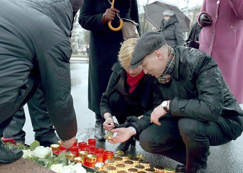 Latvijas Centrālās padomes darbībai veltītos piemiņas brīžus pie Brīvības pieminekļa 17. martā jau vairākus gadus apmeklē arī Latvijas politikā pazīstamas personas. Piemēram, Saeimas deputāte Juta Strīķe (JKP) un tieslietu ministrs Juris Bordāns (JKP).