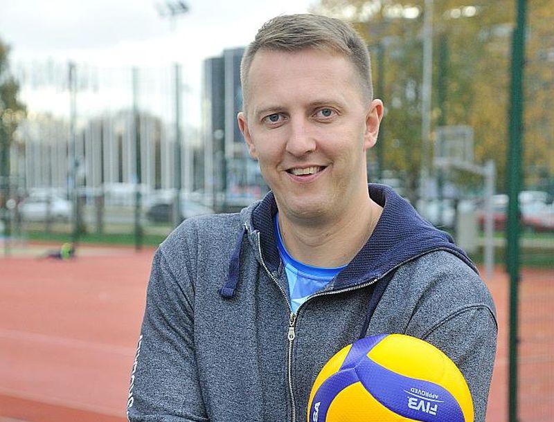 """""""Latvijas lepnuma"""" balvai pieteiktais volejbola treneris Māris Vensbergs pats kādreiz spēlējis gan Latvijas izlasē, gan Vācijas Bundeslīgas klubā """"VC Gotha""""."""