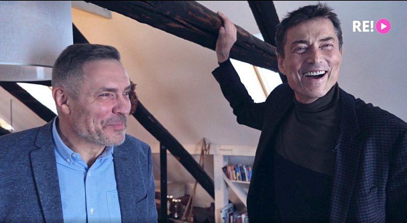 Kameras ir it kā neredzamas, bet piekļuvušas pavisam tuvu abiem brāļiem Žagariem, tāpēc saskata viņu izjūtas, savstarpējās vibrācijas.