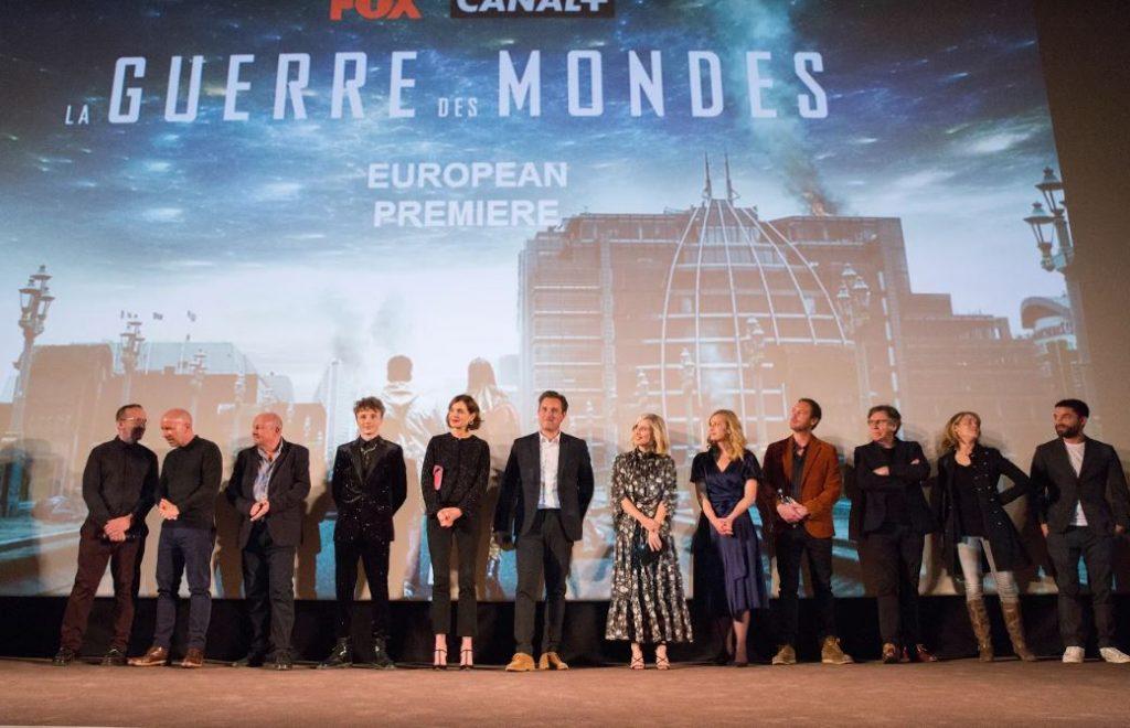 """Seriāla """"Pasauļu karš"""" pirmizrāde 30.septembrī, Parīzē."""