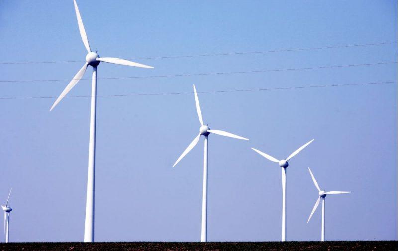 Zviedrijā atrastas 99 vietas, kur, pēc Dabas aizsardzības apvienības atzinuma, vēja turbīnu celtniecības kaitējums dabai būtu minimāls.