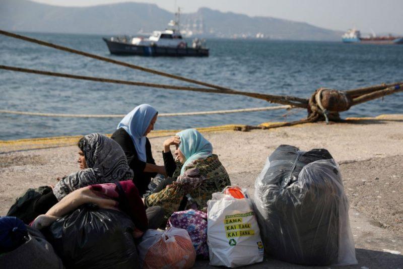 Bēgļi Grieķijas salās.