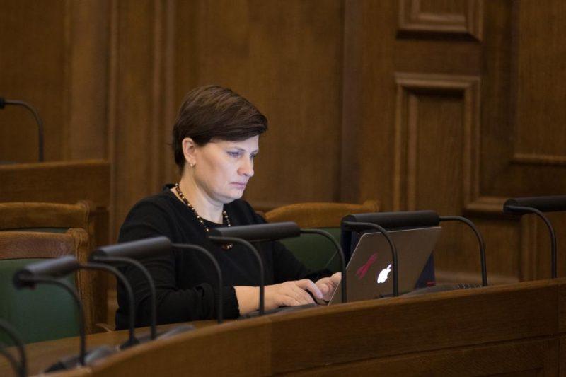 Ilze Viņķele Saeimas sēdē