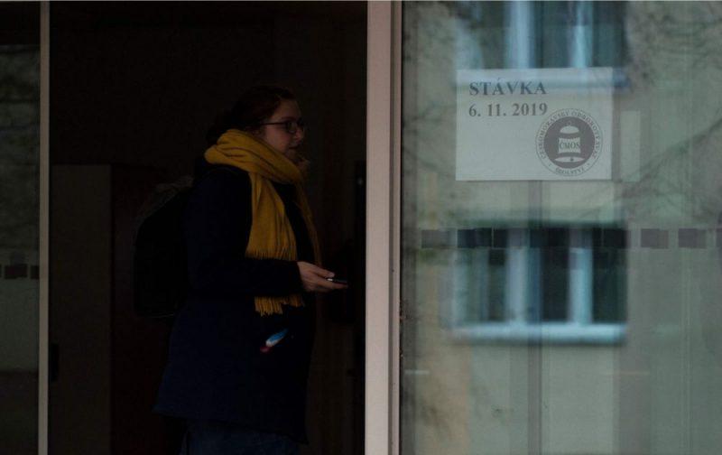 Prāga. Skolotāju streiks Čehijā.