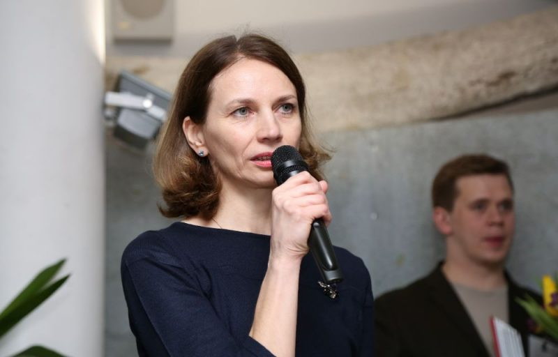 Anita Brauna.