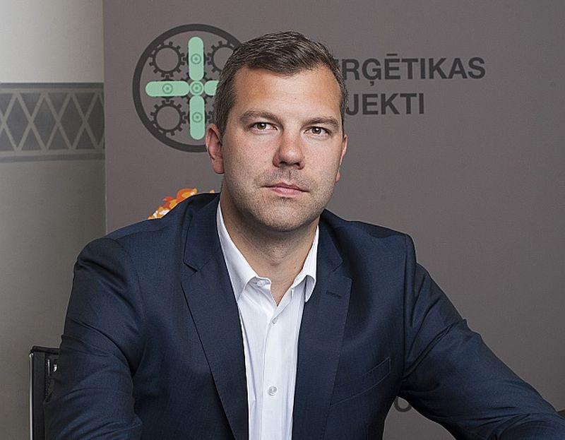 """""""AJ Power"""" uzņēmumu grupas vadītājs Latvijā Roberts Samtiņš: """"Ieviešot jaunos elektroenerģijas sadales sistēmas tarifus, virkne ražotāju vienkārši pārtrauks savu staciju darbību."""""""
