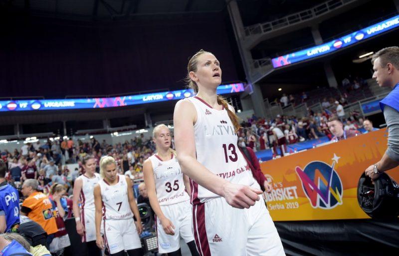 Latvijas izlases kapteine Eiropas čempionāta kvalifikācijas turnīrā būs Aija Klakocka.