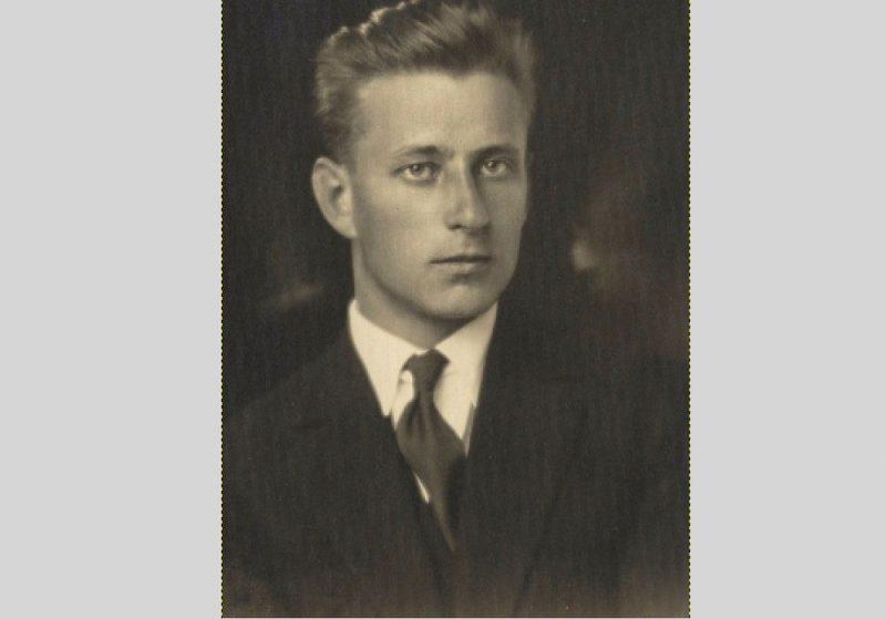 """Apgāda """"Zelta Ābele"""" izveidotājs un vadītājs Miķelis Goppers (1908–1996)."""
