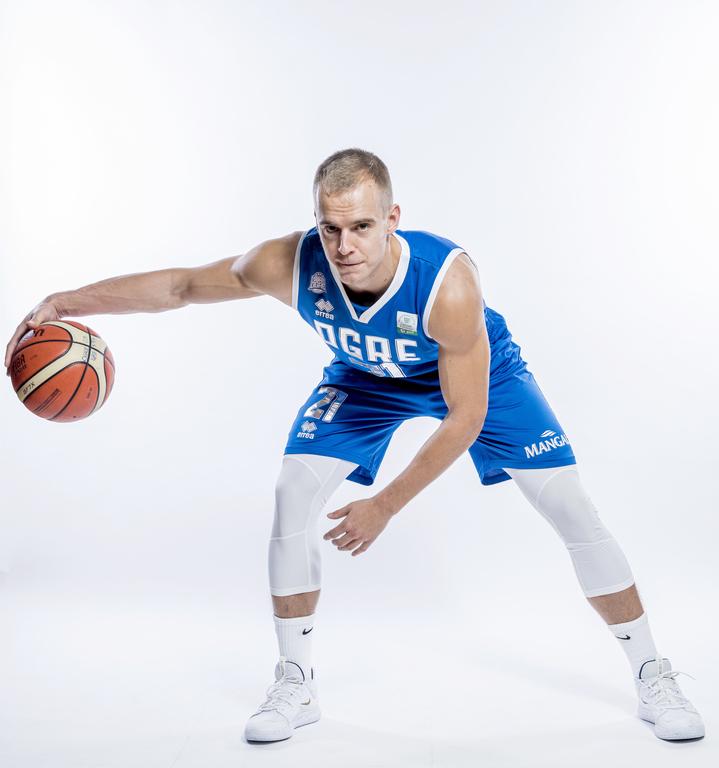 Kristaps Dārgais atzīts par Latvijas-Igaunijas basketbola līgas oktobra mēneša labāko spēlētāju.