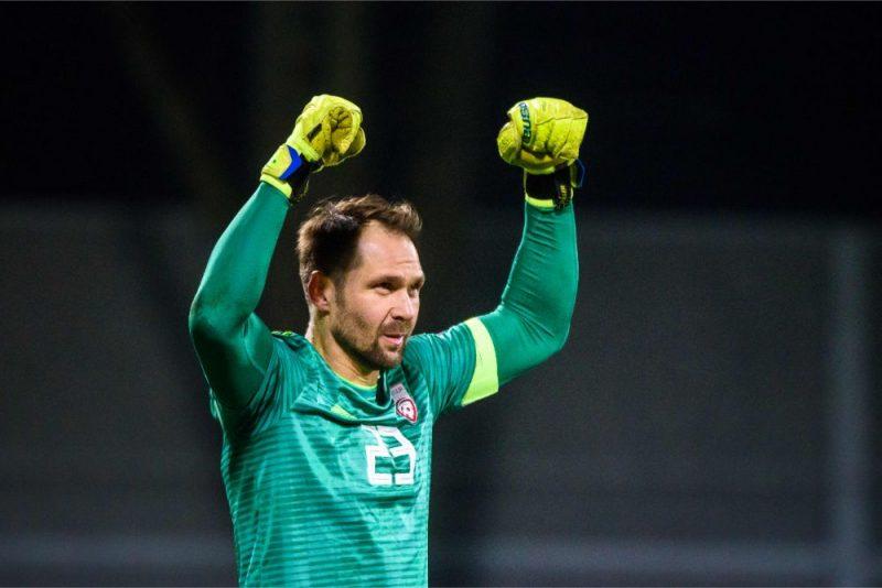 Latvijas futbola izlases vārtsargs Pāvels Šteinbors aizvadījis lielisku maču Polijas čempionātā.