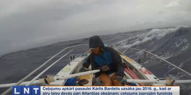 Kārlis Barderis airu laivā apceļo pasauli.