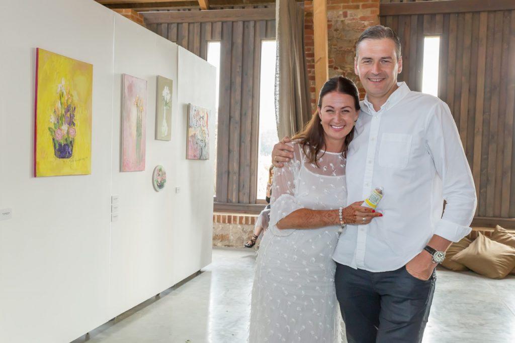 Māksliniece Ieva Bondare ar vīru Mārtiņu Bondaru.