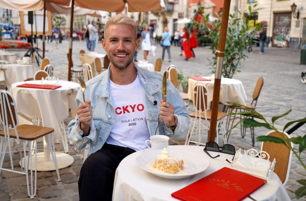"""Markus Riva piedalās jaunajā TV šovā """"Zvaigznes ceļo""""."""